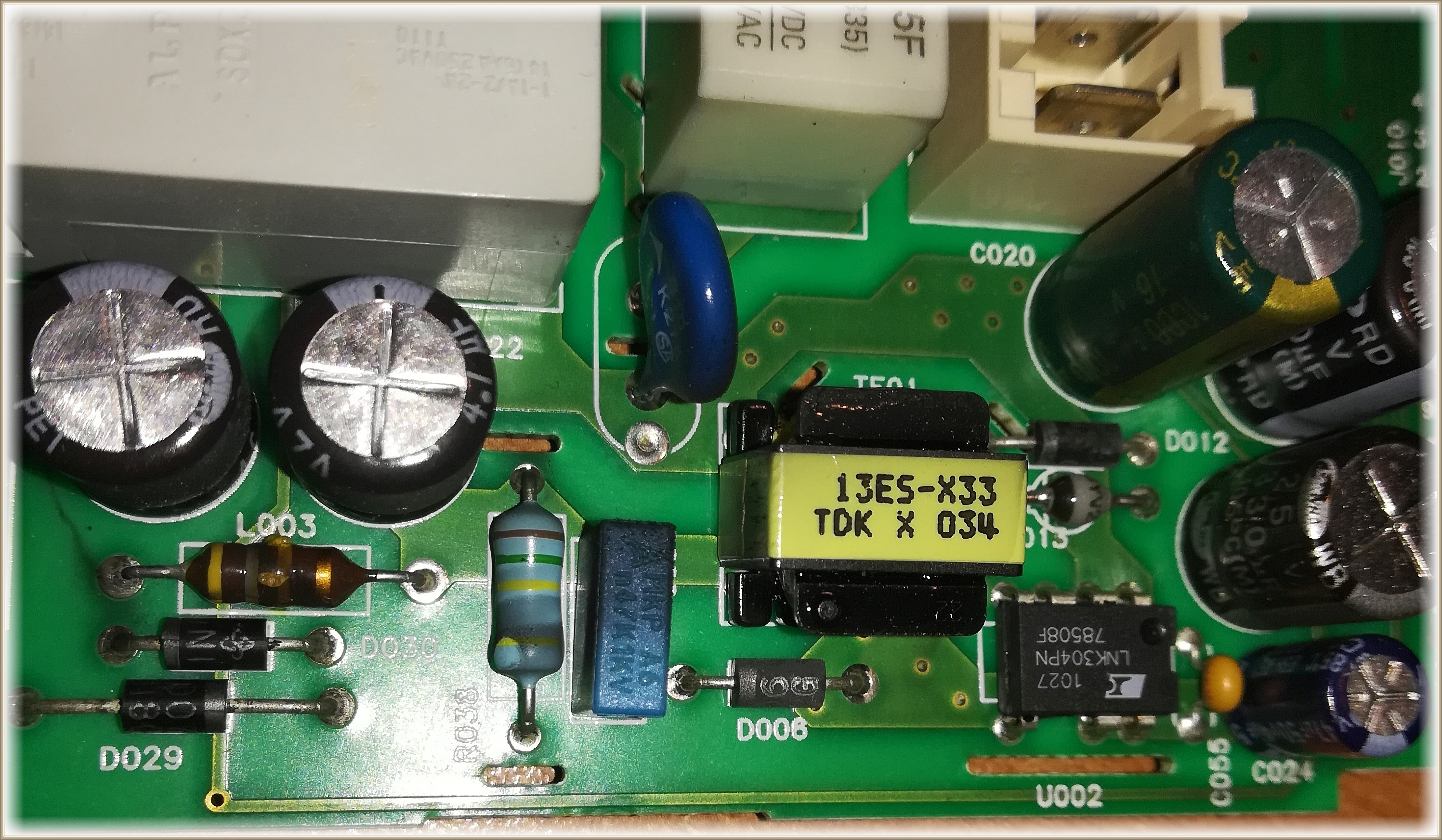 Aktualne Pralka Whirlpool AWE 2519 - moduł sterownika L1782, brak ZS13