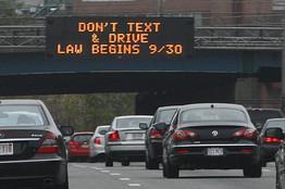 Drive First zablokuje telefon podczas jazdy samochodem