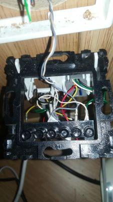 Podłączenie gniazda telefonicznego dla DSL