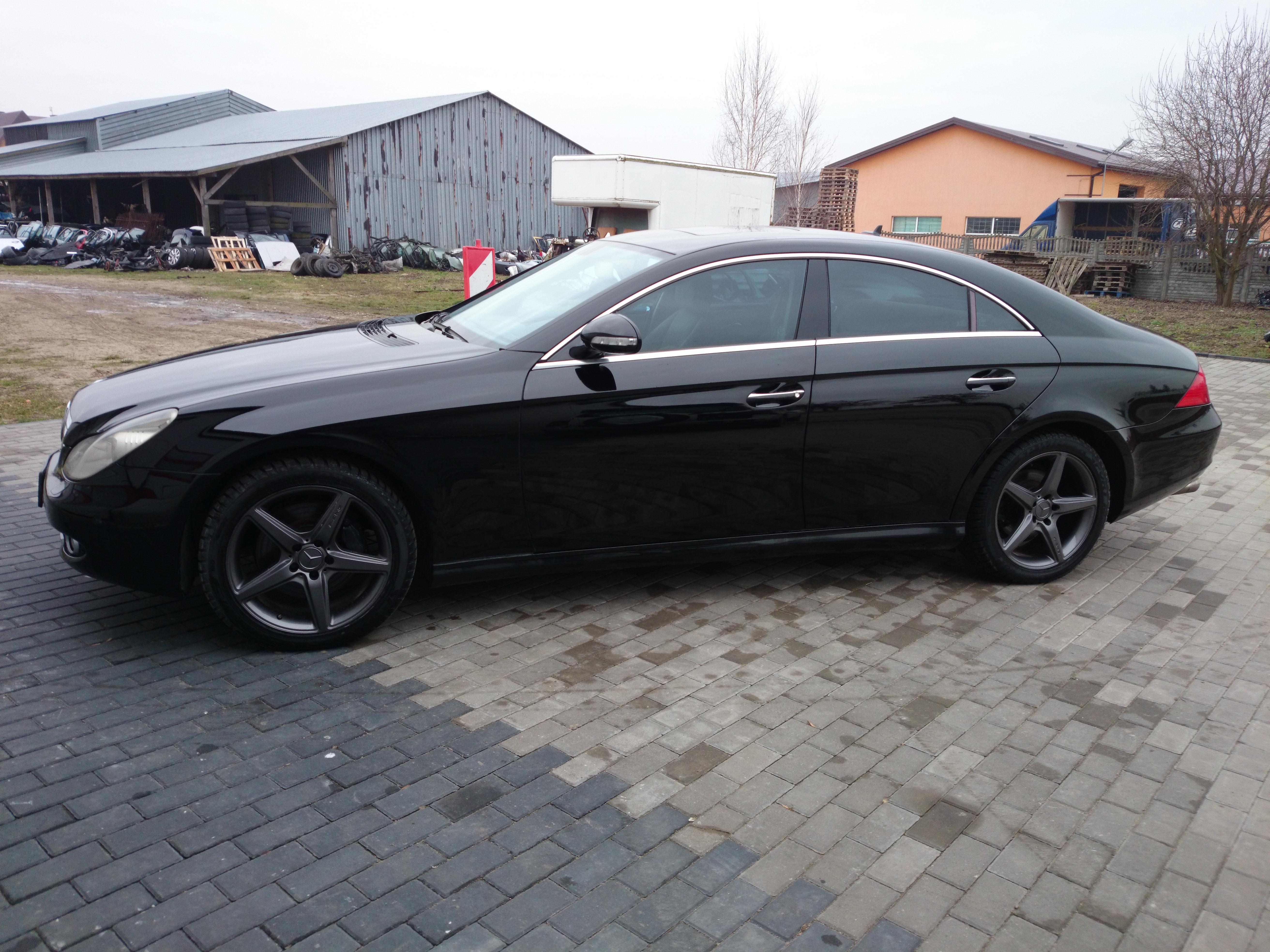Mercedes Cls w219 08r. - ledwo �wiec�ce xenony
