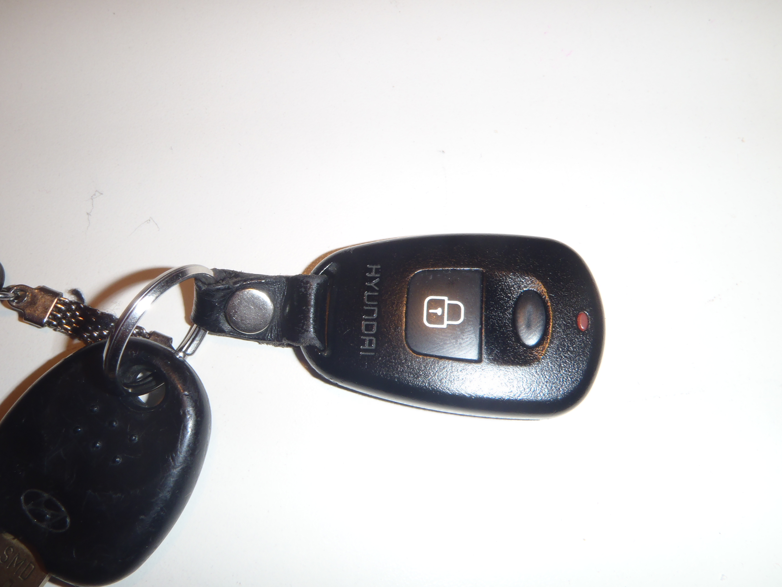 Hyundai Santa Fe 2001 - jaka cz�stotliwo�� pilota centralnego zamka