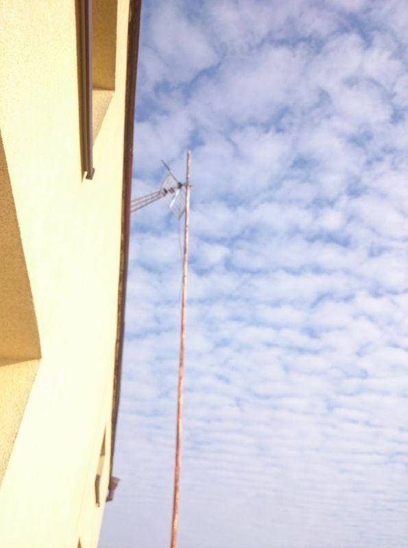Odbiera tylko MUX8 - antena kierunkowa 0558