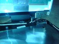 "Toshiba L675-10r - ""Fale"" na ekranie"
