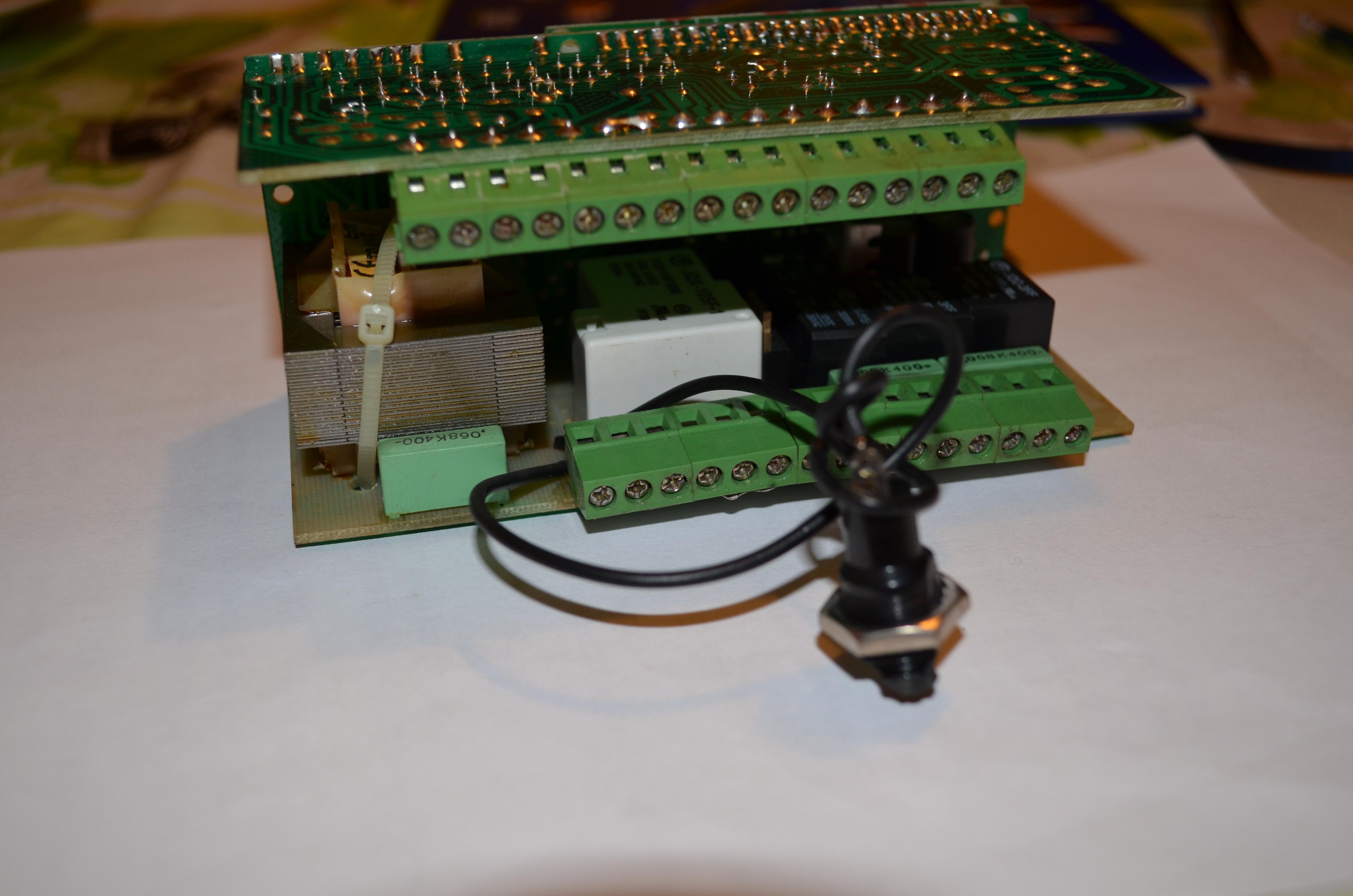 TECH ST-37 - Sterownik pieca czasami nie za��czy podajnika �limakowego