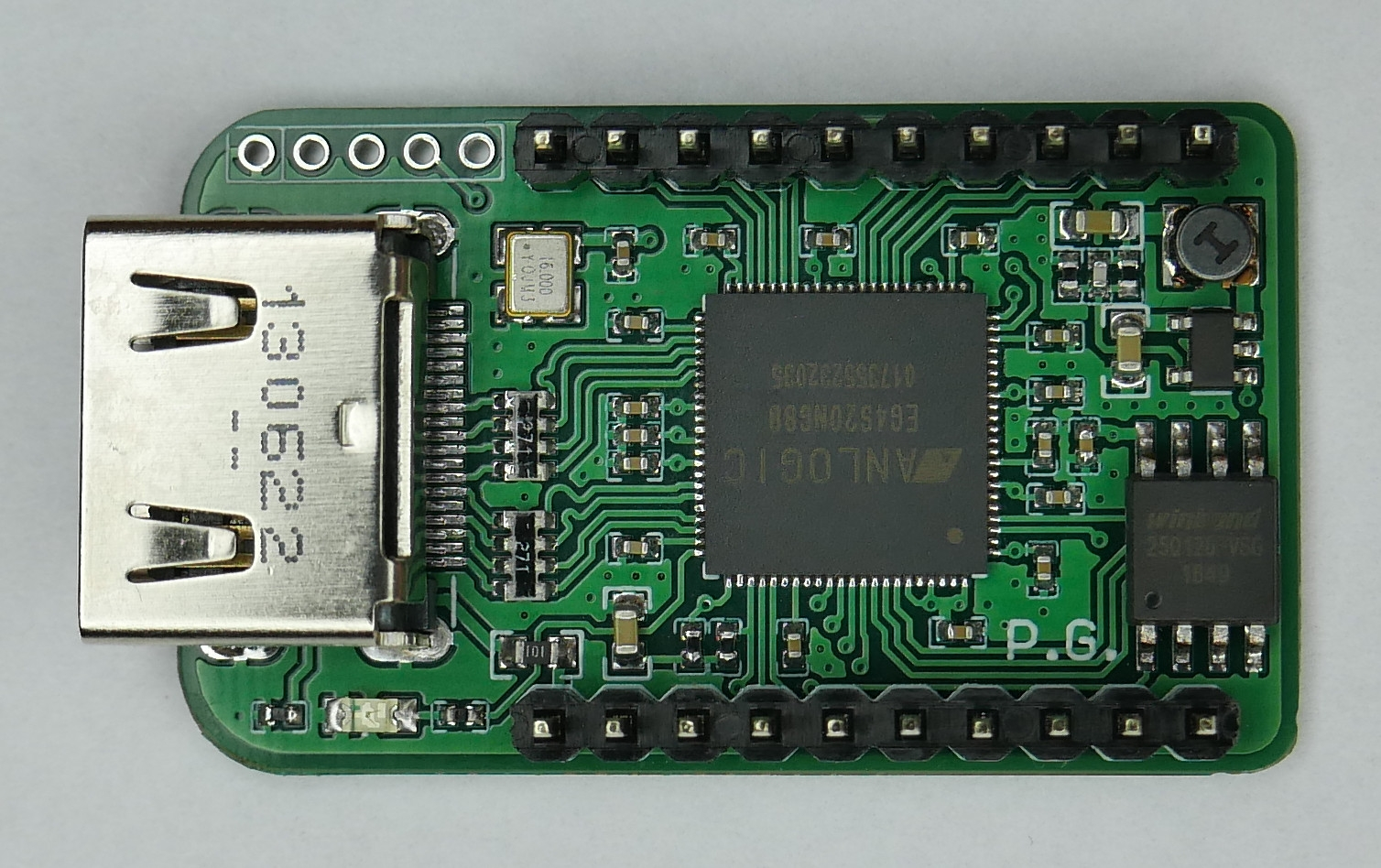 Pocket retro-emulator on Chinese FPGA by piotr_go