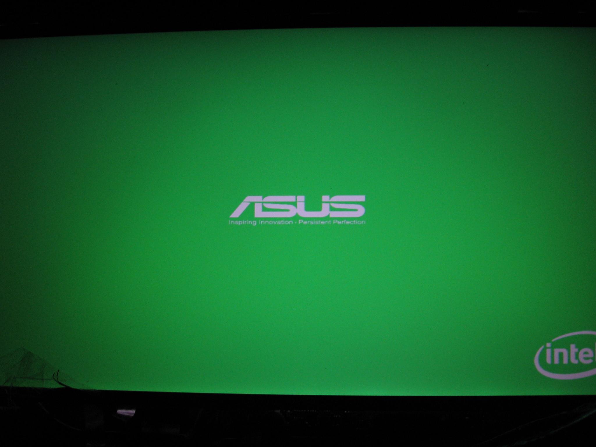 Asus K52JE - Czarny ekran, monitor zewn�trzny dzia�a