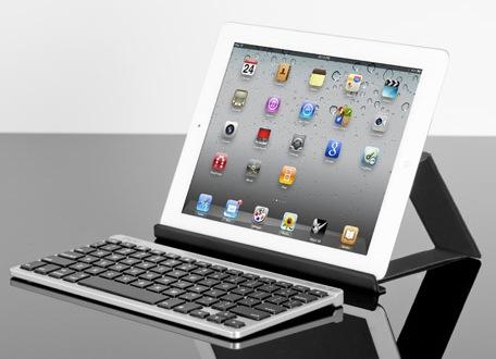 ZAGG ZAGGkeys FLEX klawiatura i stojak dla tablet�w w jednym