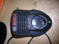 Bosch �adowarka AL 1115 CV spalony zasilacz impulsowy