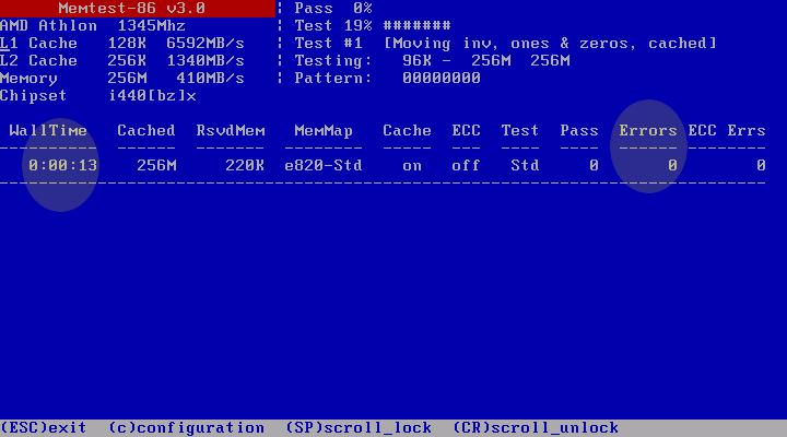 Dysk SATA restartuje się. Pojawia się niebieskie tło.
