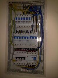79V zamiast 230 w instalacji mieszkaniowej