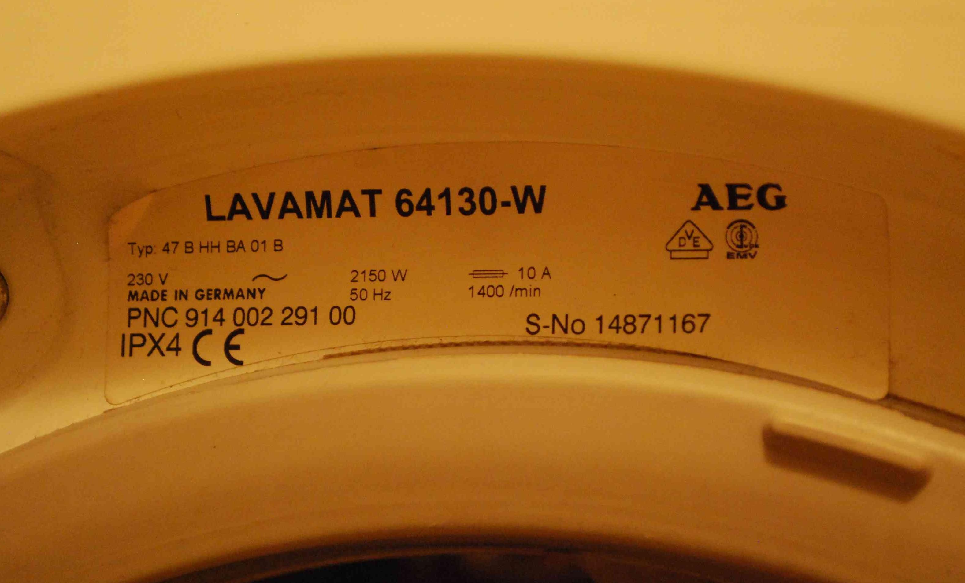 Pralka AEG LAVAMAT 64130-W NIEMIECKA      PNC: 914 002 291 00  Jaki kod modu�u ?