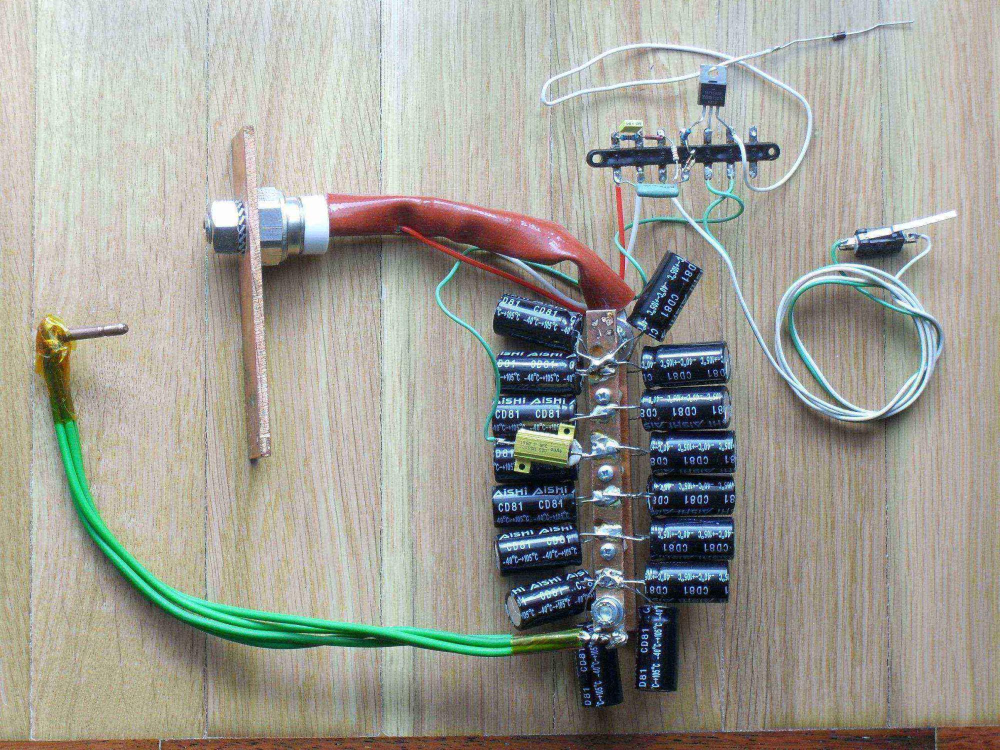 Prosta zgrzewarka kondensatorowa