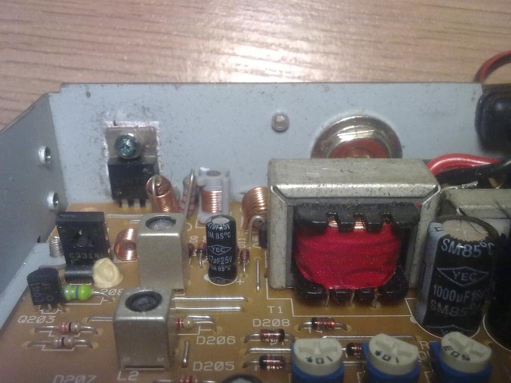 Uniden PRO 520XL- radio w��czone bez anteny- spalone??