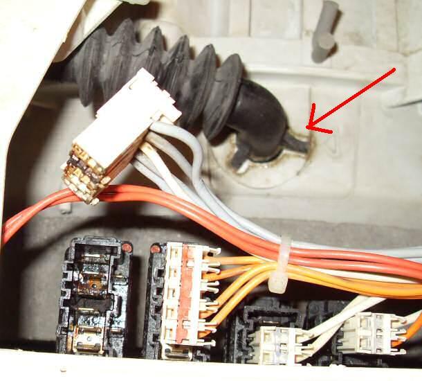 Electrolux ew1170c - woda w w��czniku