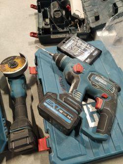 Jaka wiertarka udarowa na baterie do 600 zł?