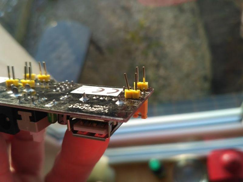 Moduł zasilania do płytek stykowych MB102 5V oraz 3.3V - recenzja