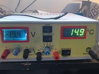 Zasilacz 10A z regulowanym ograniczeniem 8A, i termometrem