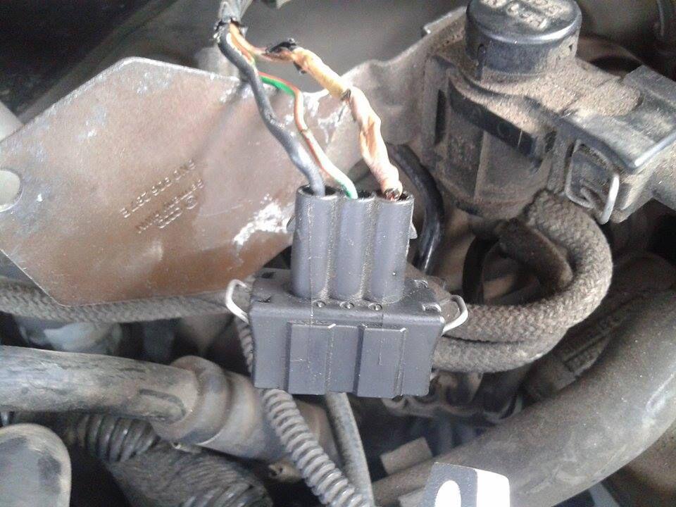VW polo 1999r. - Vw polo 99r  1.4 b+g  brak iskry