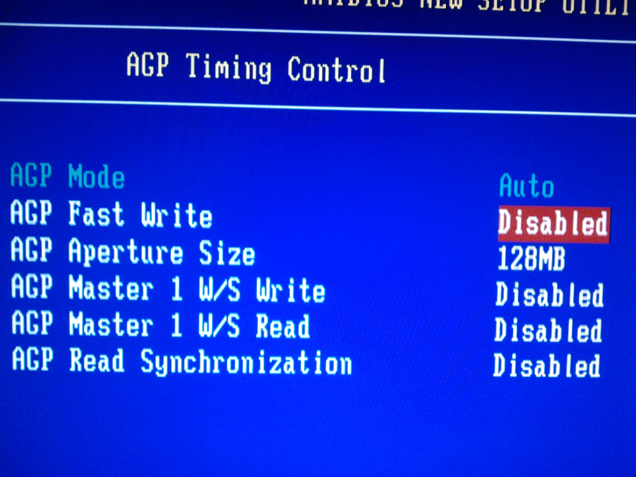 MSI KT4AV - Po dw�ch minutach dzia�ania znika obraz(Radeon 9600 PRO/Radeon 9250)