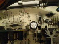 Indesit WIA102 - B�ben si� prawie nie kr�ciMiga blokada drzwi i zmiana wirowania
