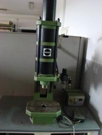[Sprzedam] Prasę hydrauliczną 3,2T SCHMIDT wraz ze stołem - FV