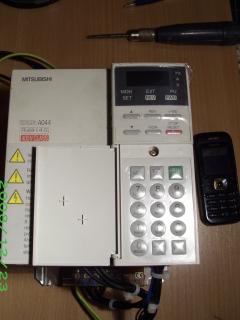 Falownik Mitsubishi FR-A044-0,4K-EC potrzebna instr. obsługi