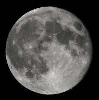 Rząd USA pozywa byłego astronautę za sprzedaż kamery z Apollo 14