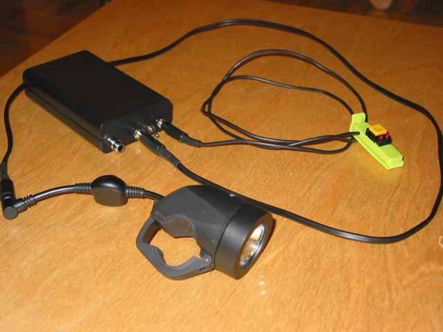Kontroler halogenowych lamp rowerowych.