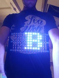 T-shirt z wyświetlaczem LED oparty o ESP8266