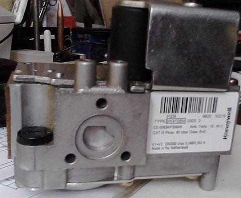 [Sprzedam] Elektrozaw�r HONEYWELL - Typ VK4105N - Do centralnego ogrzewania
