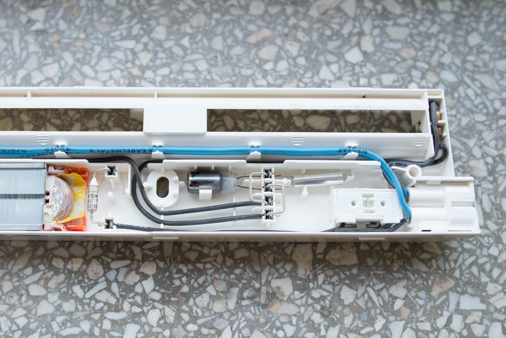 2x świetlówka + elektronika żarówki kompaktowej