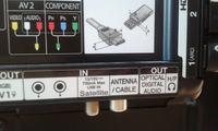 Podłączenie słuchawek pod Panasonic TX32LE8FSA
