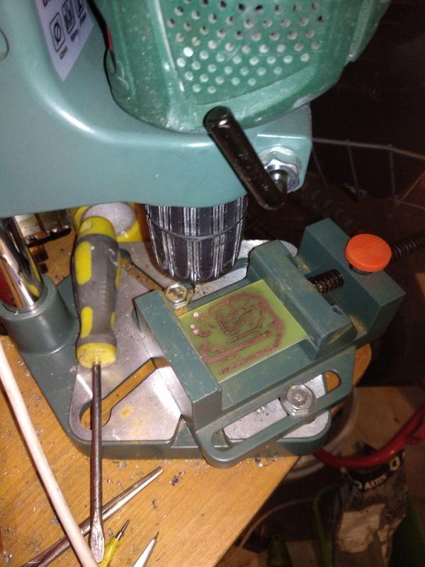 Koncówka mocy na tranzystorach 2n3055, zwiększenie mocy...