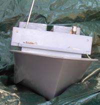 RC łódka wędkarza do wywozu zanęty
