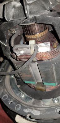 Wymiana kondensatora w odkurzaczu (zupełnie zielony użytkownik!)
