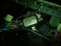 Mtz 820 2001r - Umiejscowienie przekaźnika rozrusznika