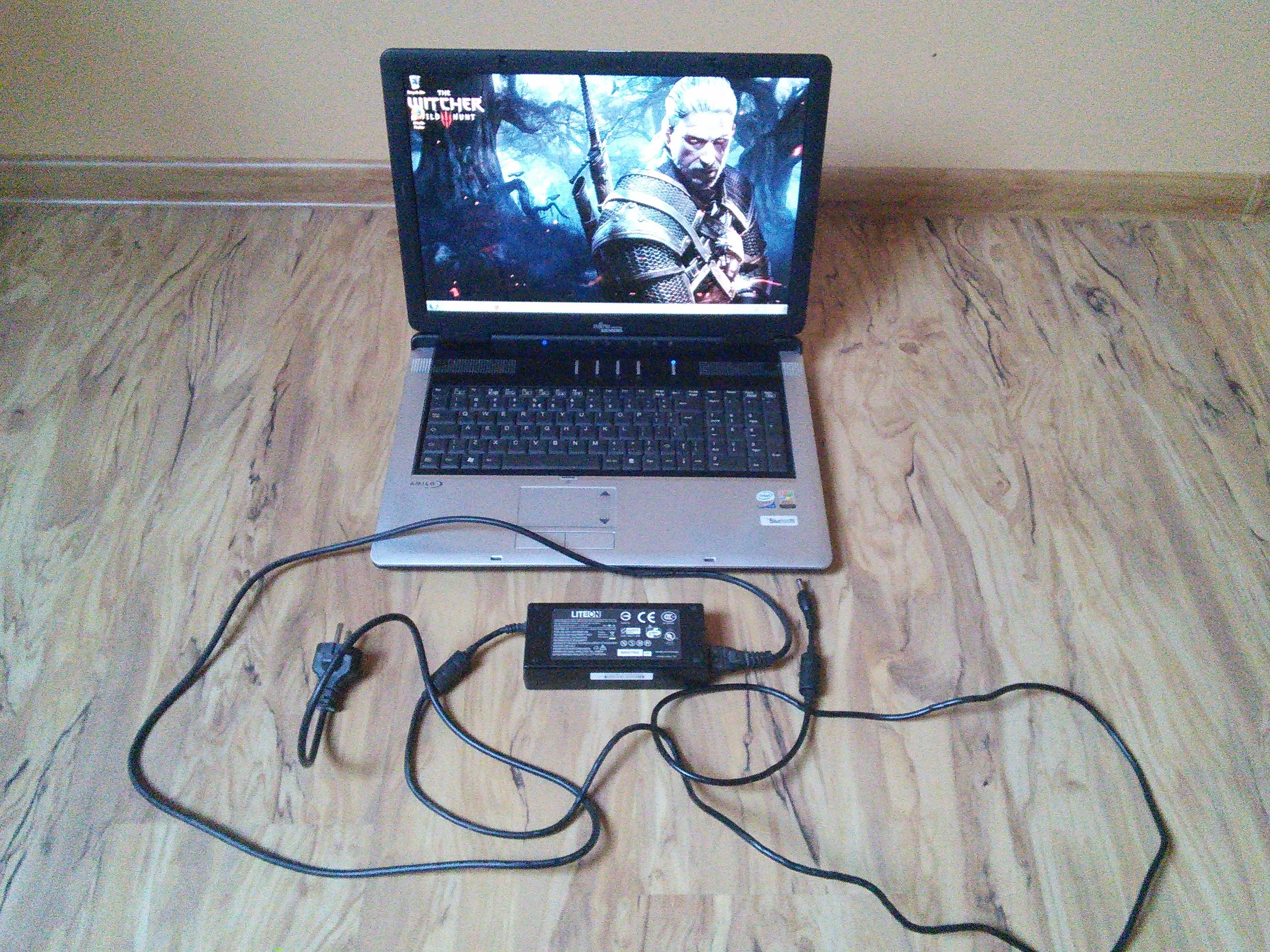 [Sprzedam] Laptop Fujitsu Siemens Amilo Xi1546 Nvidia 512MB