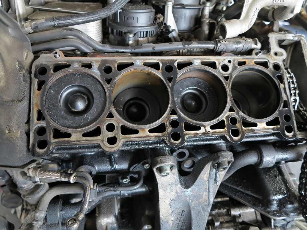 Audi A8 4.0 TDI - Rdza na tulejach cylindra