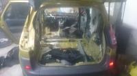 Renault Scenic 2 - Wtyczka pod siedzeniem kierowcy nieprawidłowo podłączona