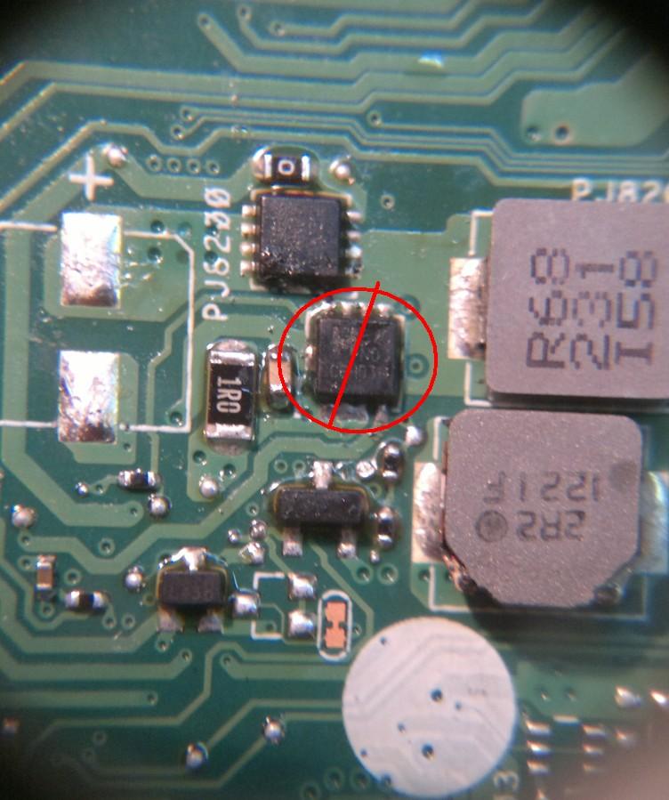 ASUS X55A - zalany, zwarcie na RT8206 pin2