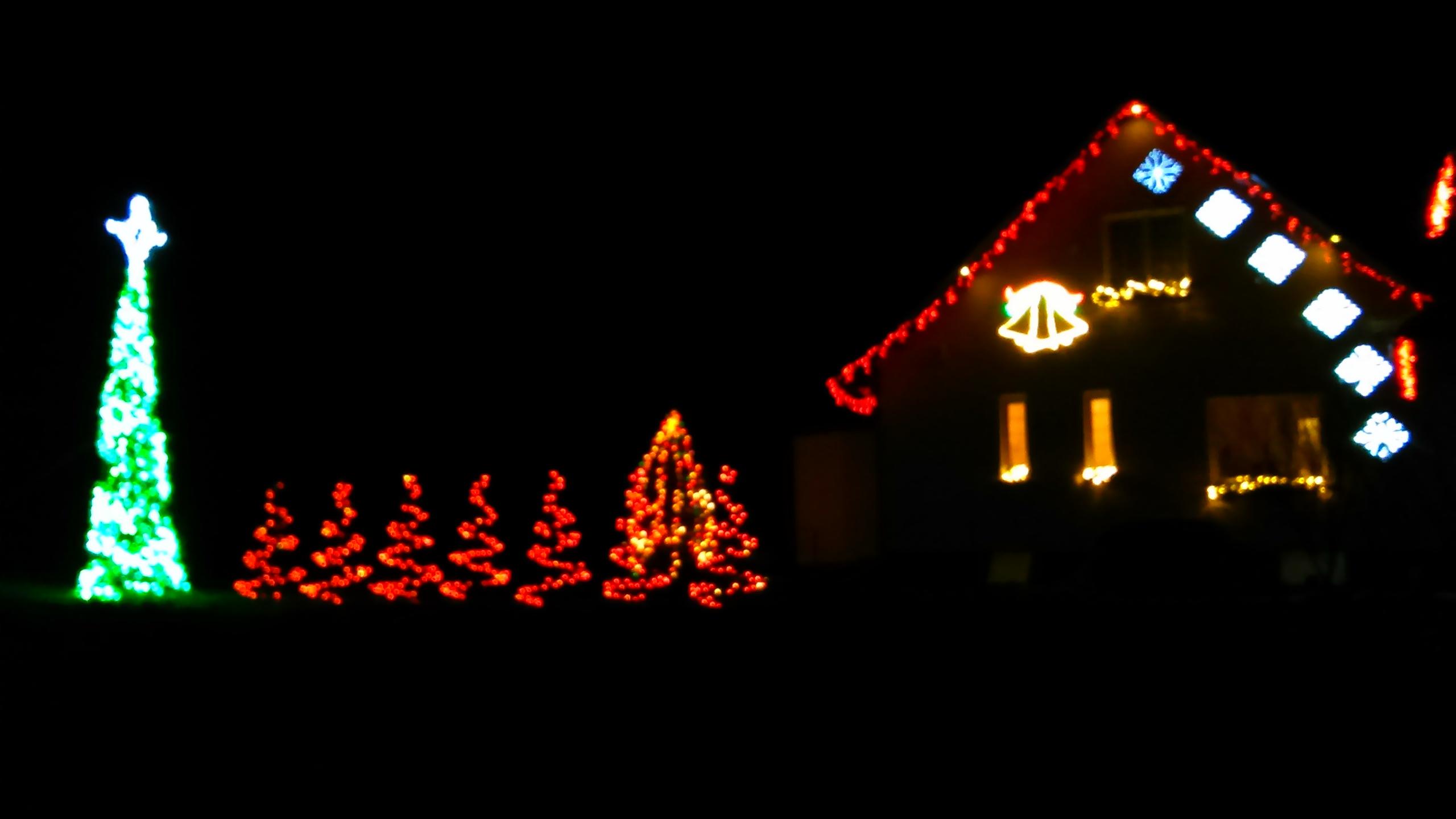 świąteczne Oświetlenie Domu 8 Tys Lampek Elektrodapl
