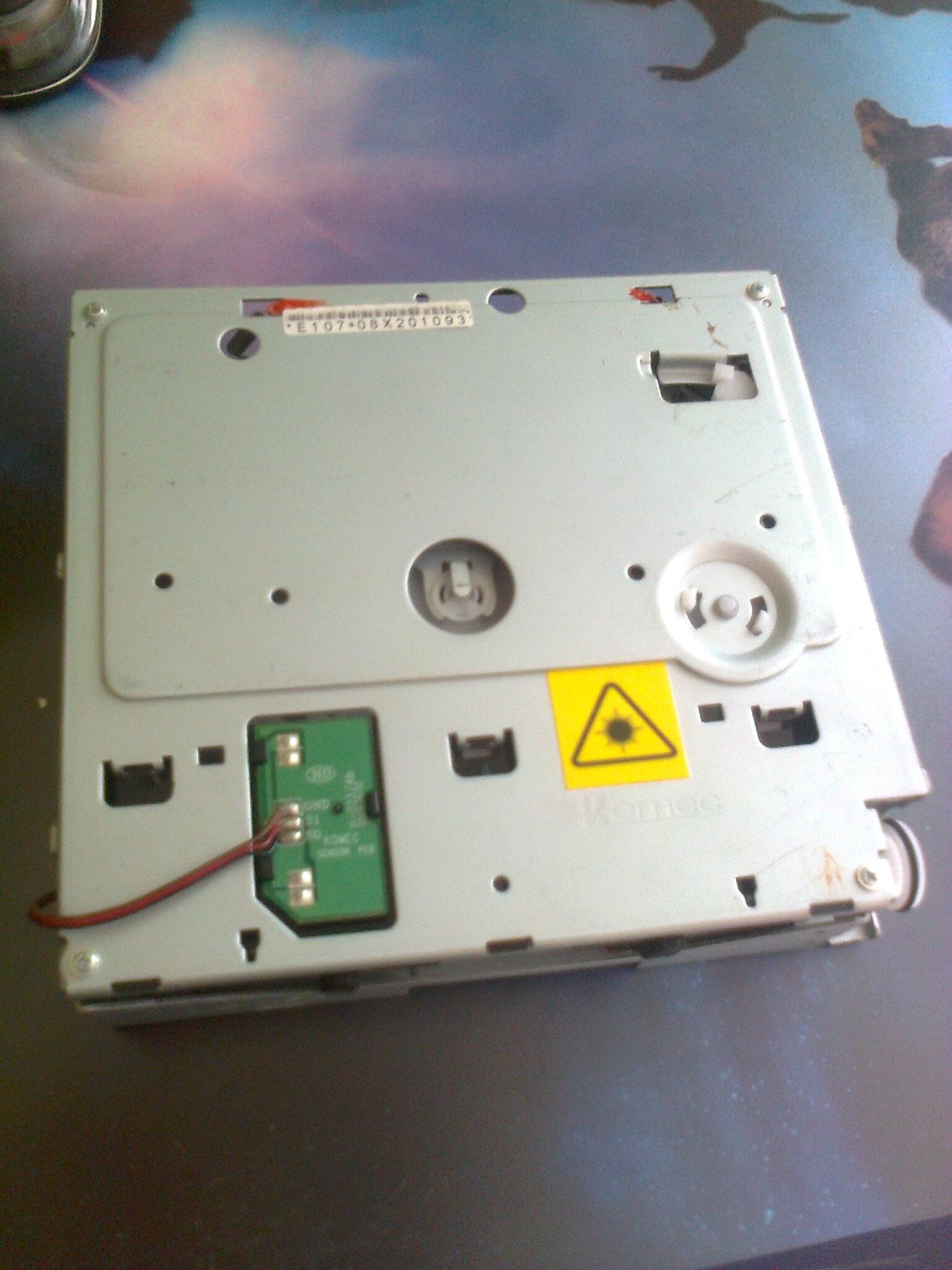 Imago iM-C3 - Opis z��cza CD-ROM Komec w radiu
