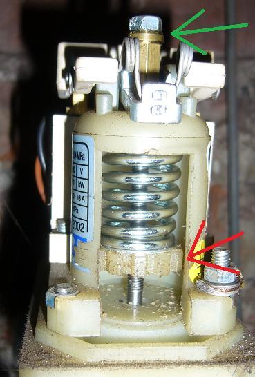 Jak zwiększyć ciśnienie w hydroforze/kranie?
