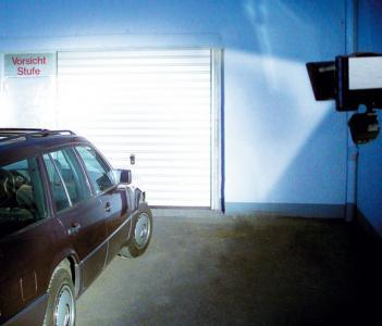 Oświetlenie garażu przy braku 230V