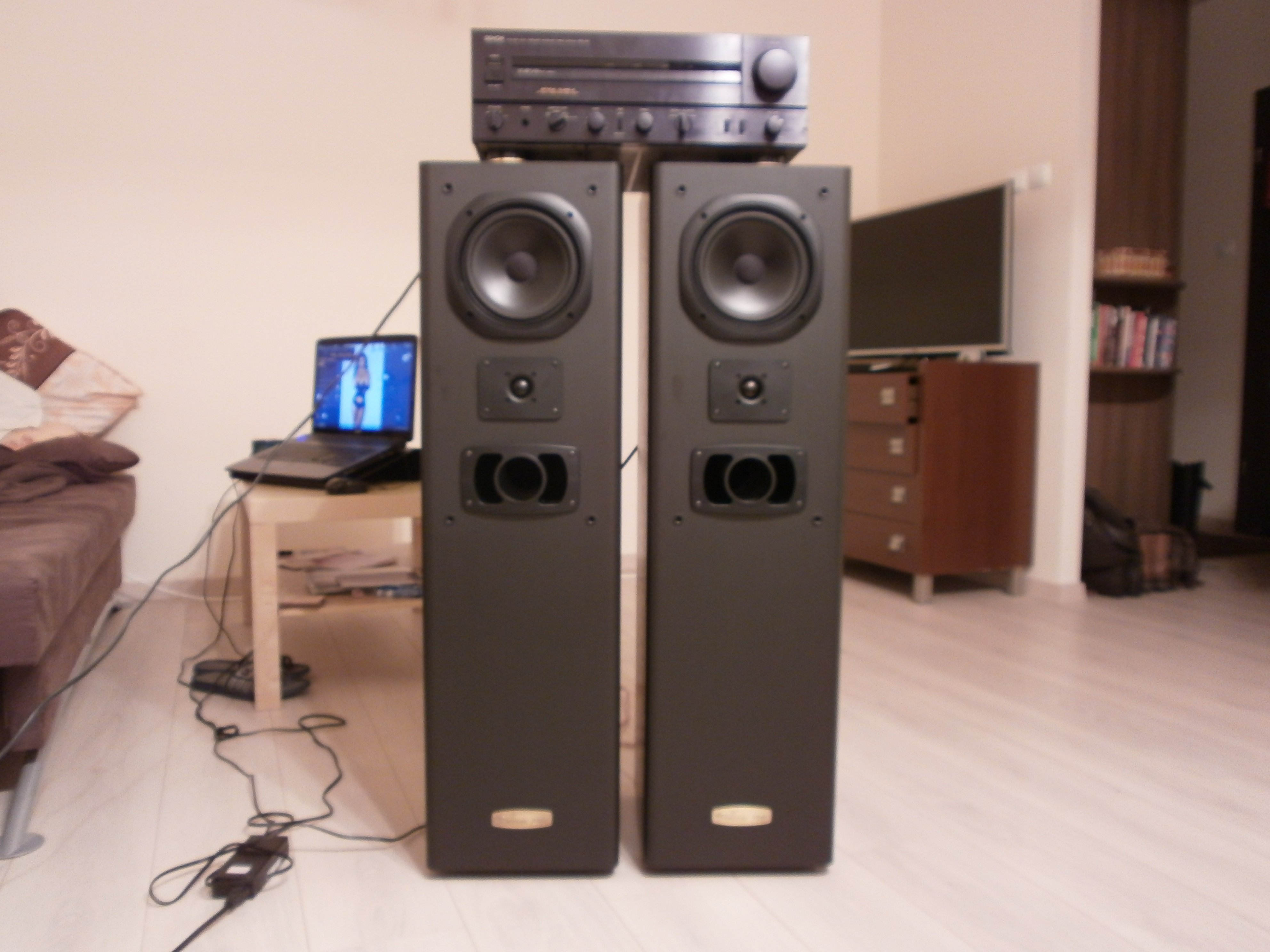 [Sprzedam] Wzmacniacz Denon PMA-920 i kolumny Tonsil Bolero 200!