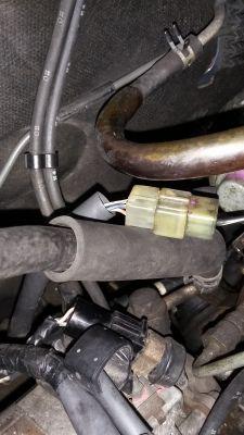 Daihatsu Charade 1.0 td - podłączenie zaworu pompy wtryskowej