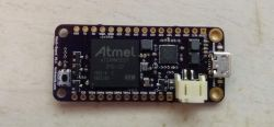 Giant - mała płytka prototypowa z SAMA5 i Linux