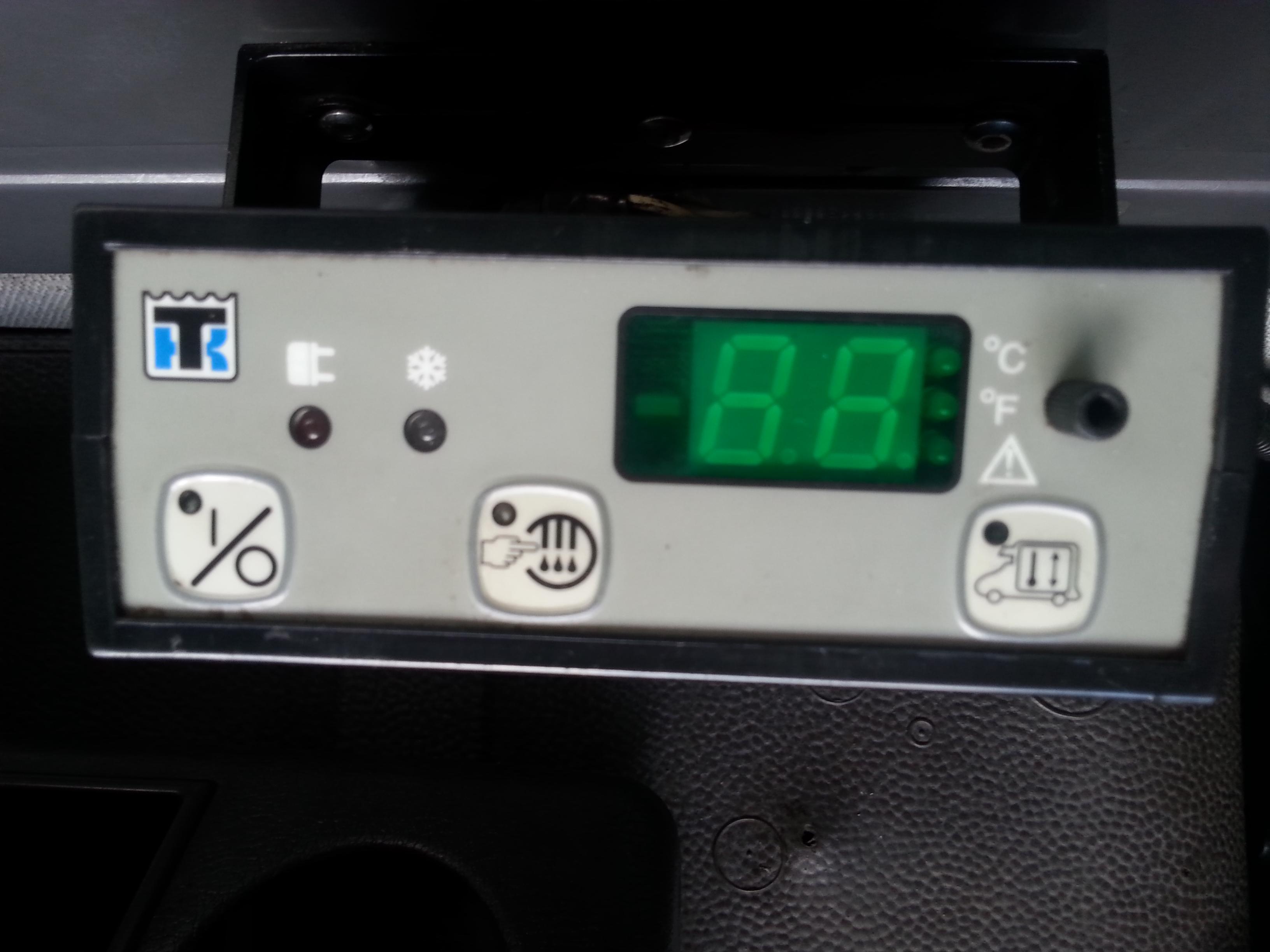 Thermo King V300MAX-2 - Szukam kostki 10 pinowej do sterownika jak na zdj�ciu