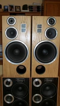 Głośniki Tonsil po regeneracji na oryginalnych komponentach.