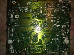 PIONEER DEH-M6017ZH - Wyjście aux